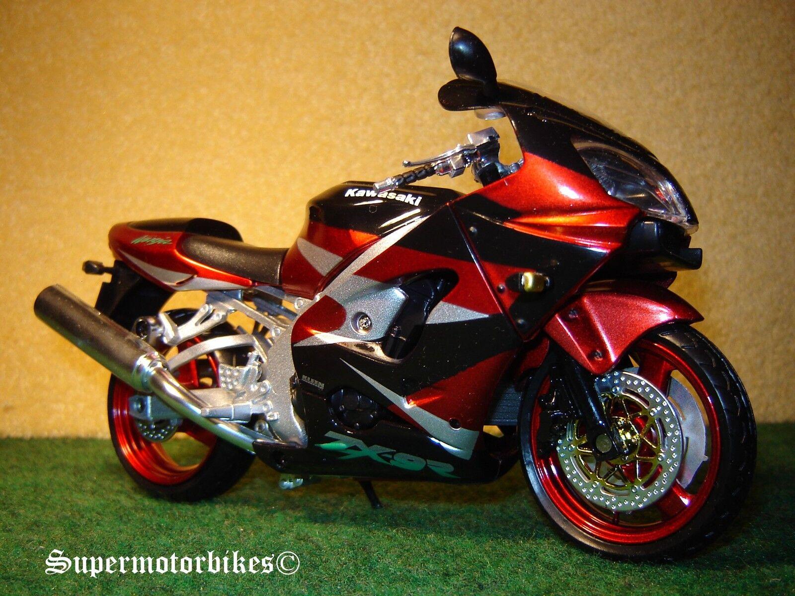 1 12 Kawasaki  ZX 9 R rougemetallic Noir éclairé 03085  pas de minimum
