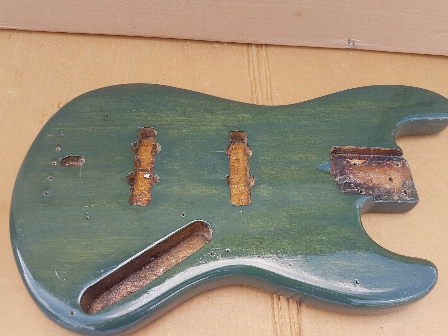 1973 FENDER JAZZ BASS BODY - made in USA