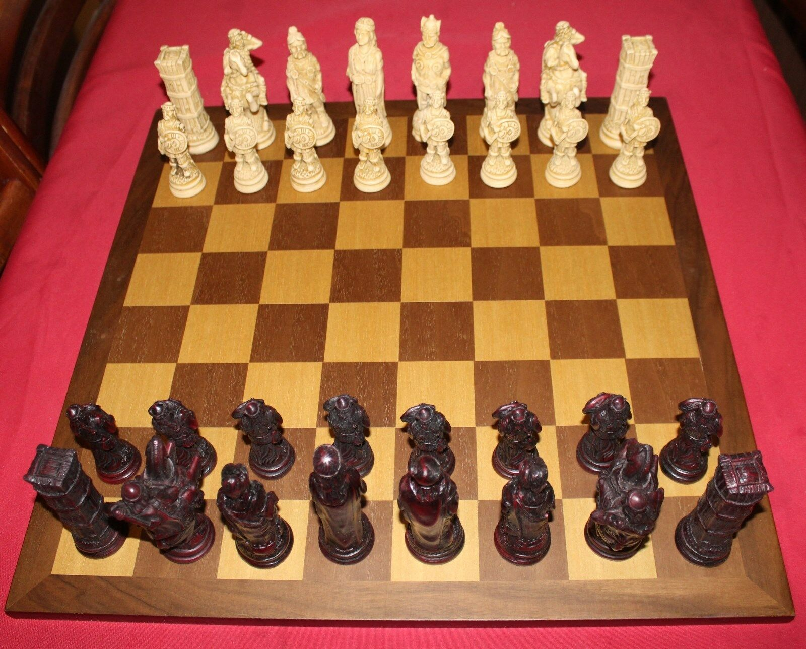 Studio Anne Carlton  The Celtic Celtic Celtic Chess Set with Inlaid Wooden Board ee78cd