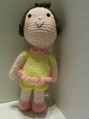 Crochet Amigurumi Girl With Red Dress And Black Braids – ArcheaMystic | 400x300