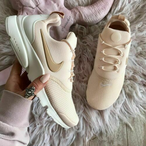 WOMENS NIKE PRESTO FLY 910569 800 ,GUAVA ICE/'/' SIZE 6 EUR 40