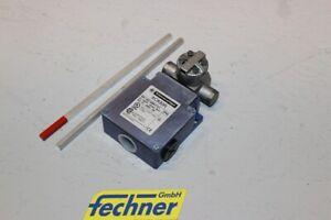 Schneider-Electric-Positionsschalter-XCKMR54D1-Telemecanique-Neu