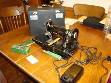 SINGER FEATHERWEIGHT 221 Sewing Machine 1940's  QUILTING, ORIGINAL WORKS GREAT