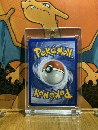 Unown Neo Discovery VG 67//75 Pokemon Card.
