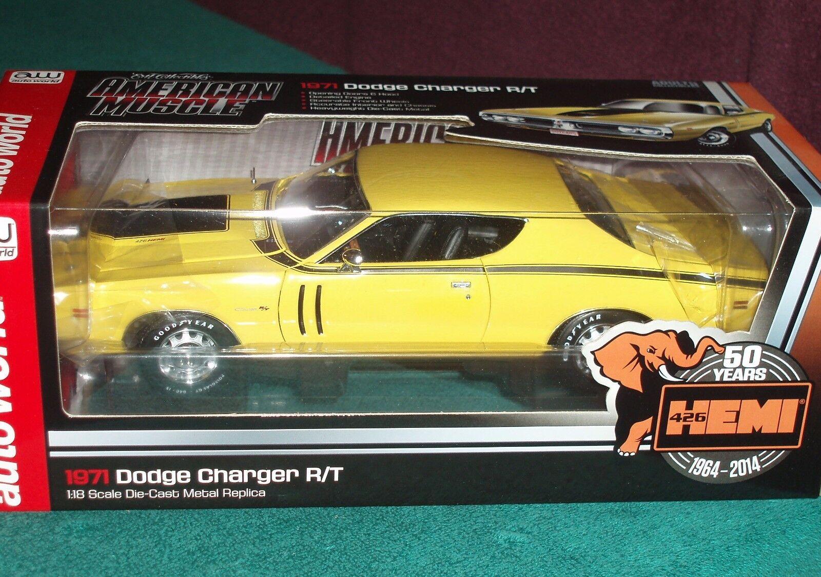 Auto World 1971 Dodge Charger R T HEMI jaune noir 1 18 50th Anniversaire