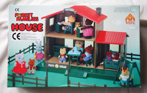 HOUSE-OF-FOREST-FAMILIES-CALICO-CRITTERS-SYLVANIAN-ETC-VHTF-BRAND-NEW-BOX
