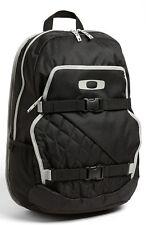 Oakley Streetman Backpack Skate Pack 2.0 laptop Bag NEW