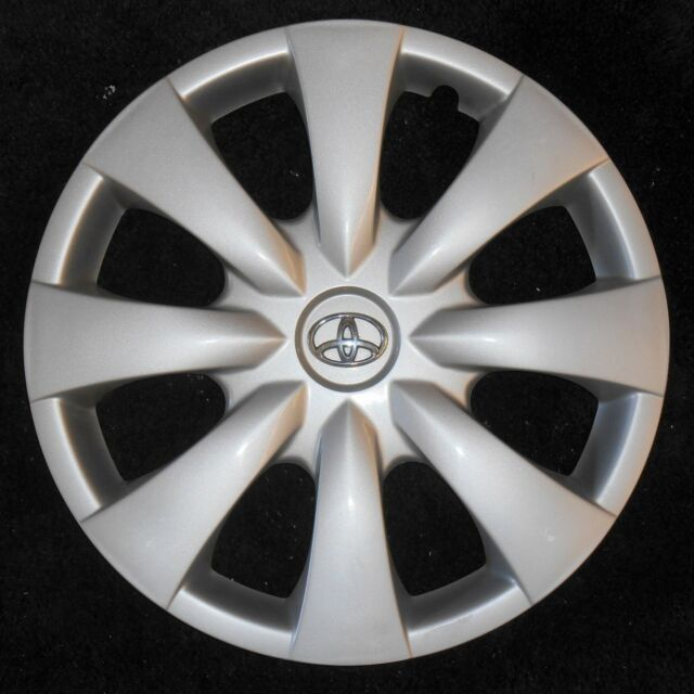 New Genuine Toyota Corolla Hubcap Hub Cap 09 2009 Wheel 10 2010