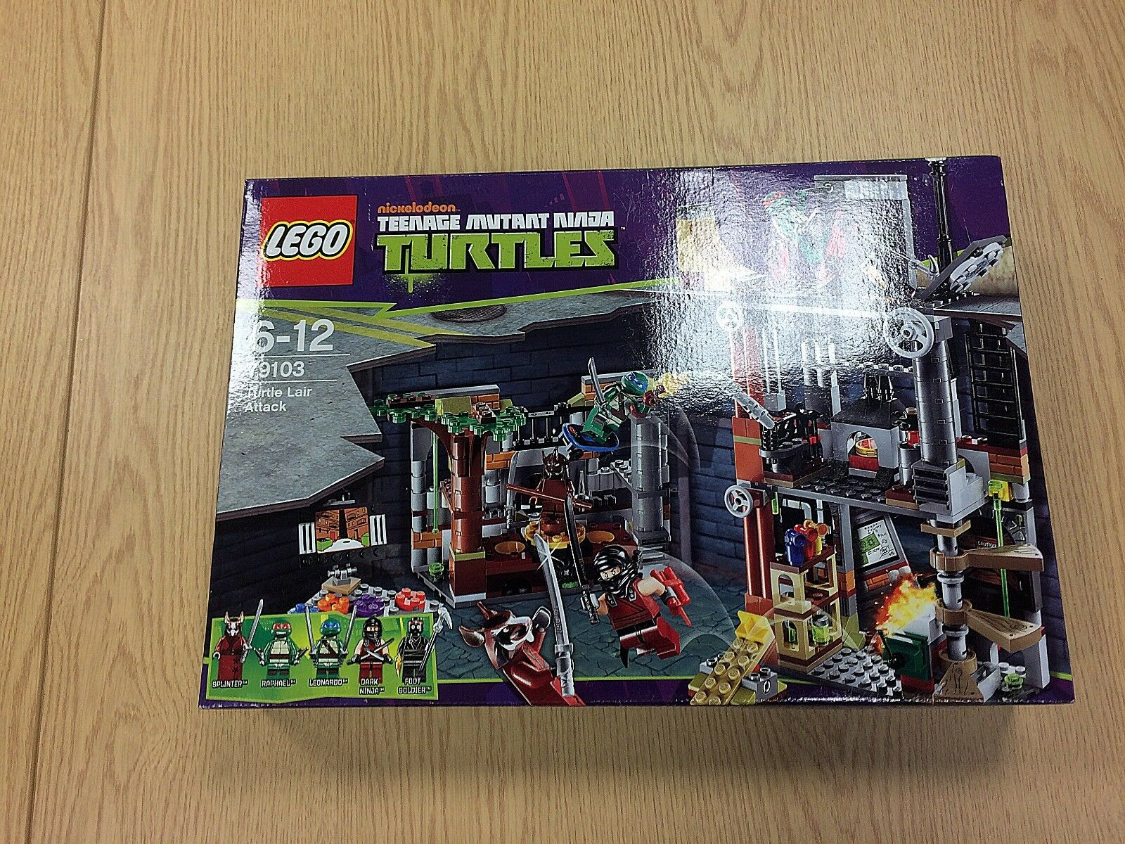LEGO Turtles 79103 Turtle Lair Attack from 2013   New Great Condition
