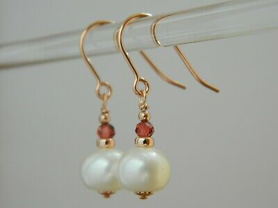 Beautiful Ivory Freshwater Pearls Garnet Gemstones Rolled Rose