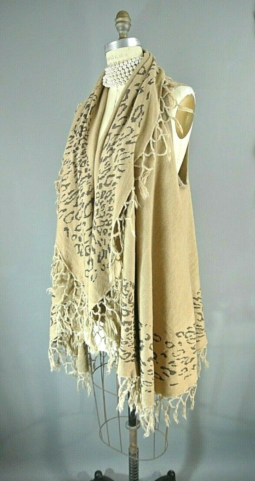Raj Women's Sleeveless Cardigan Vest Vest Vest One Size Beige Cheetah Print Fringe NEW d63414