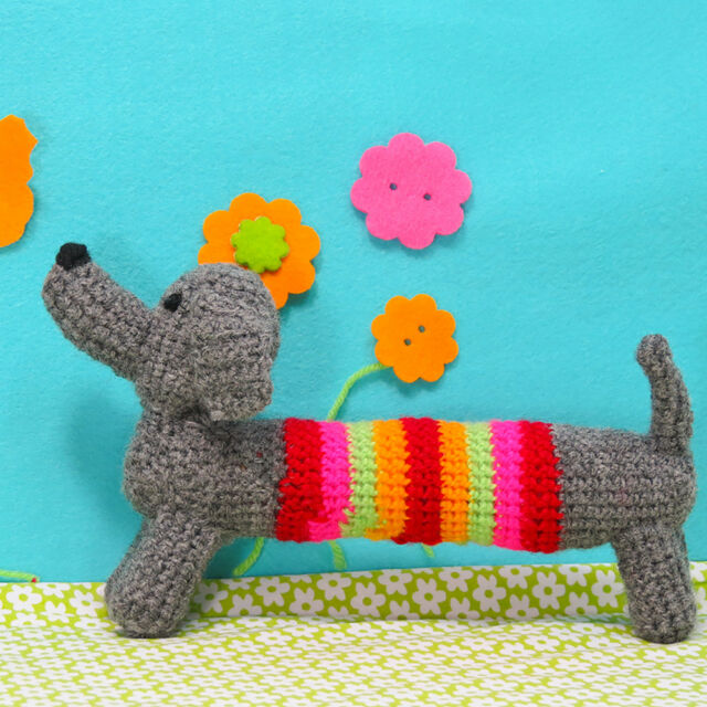 Buttonbag Crochet Your Own Sausage Dog - Learn to Crochet for Kids