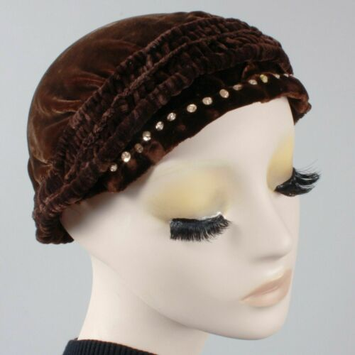 Vintage 1910s 20s Brown-Black Velvet Beret Cloche