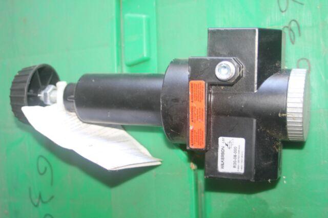 R30-08-000 Wilkerson 300 psi Rising General Purpose Air Regulator