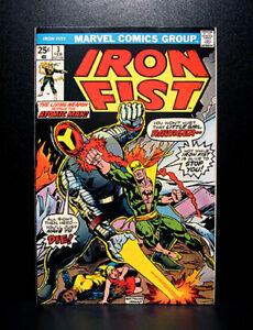 COMICS-Marvel-Iron-Fist-3-1976-John-Byrne-039-s-art-RARE