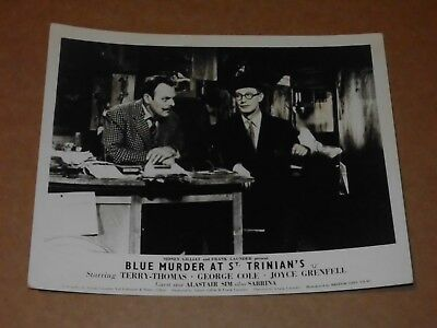 BLUE MURDER AT ST TRINIAN/'S ORIGINAL LOBBY CARD LIONEL JEFFRIES LISA GASTONI