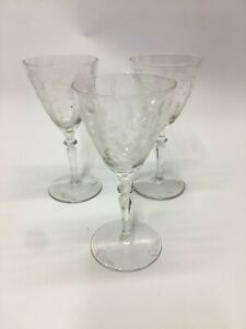 CRYSTAL-FLOWER-ETCHED-3-VINTAGE-WINE-COCKTAIL-SHERRY-CORDIAL-GLASSES-3oz