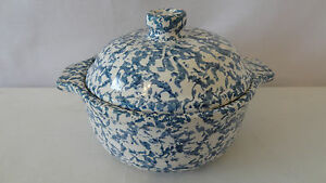 Mccoy-Pottery-1982-RARE-Non-Production-Blue-Country-Cover-Dish-C444