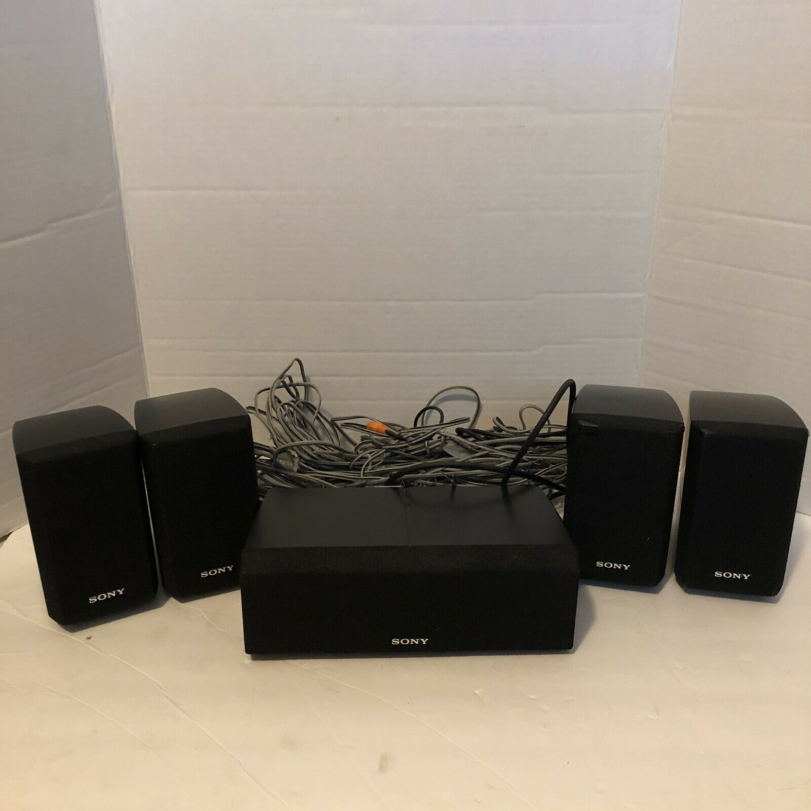 Complete Set of SONY Surround Sound Speakers Front Rear SS-MSP2, Center SS-CNP2. Buy it now for 75.00