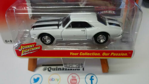 Johnny Lightning  Muscle Cars 1967 Chevy Camaro N33