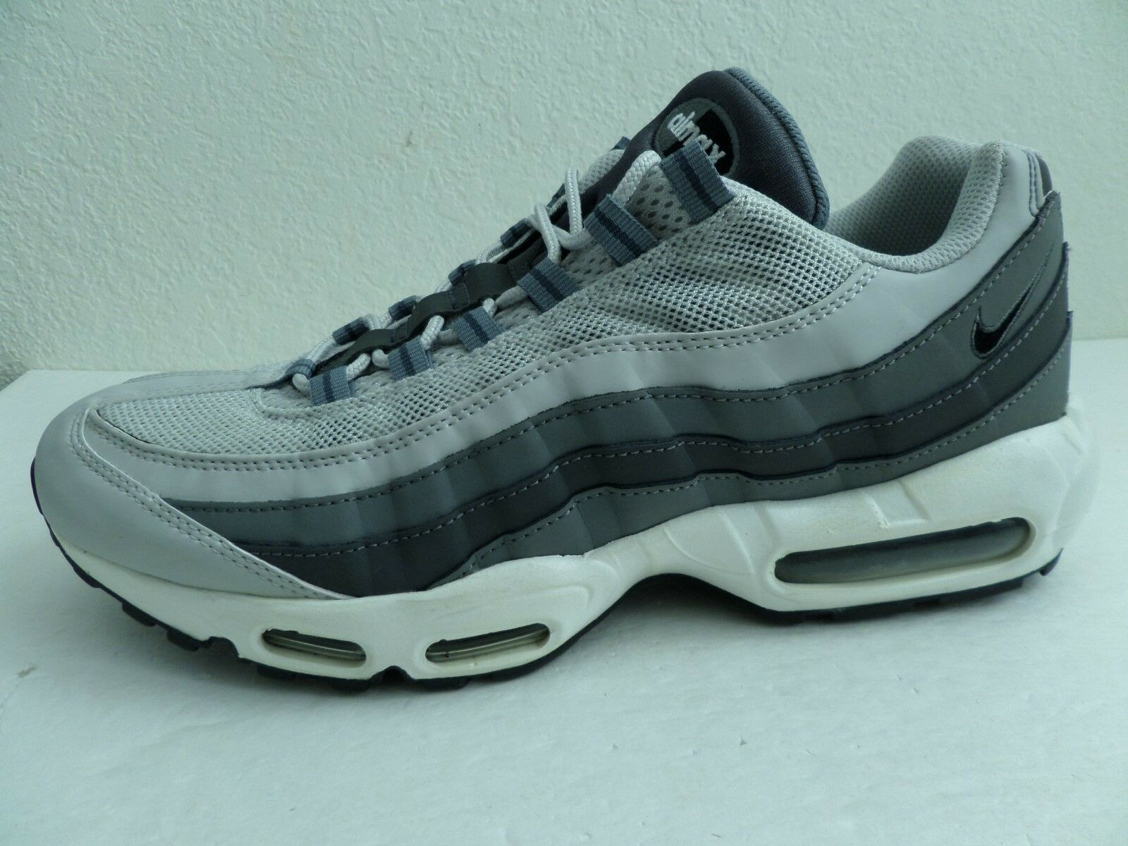 Nike Air Max 95 Men's Running shoes Grey White 609048 085 (US 11)