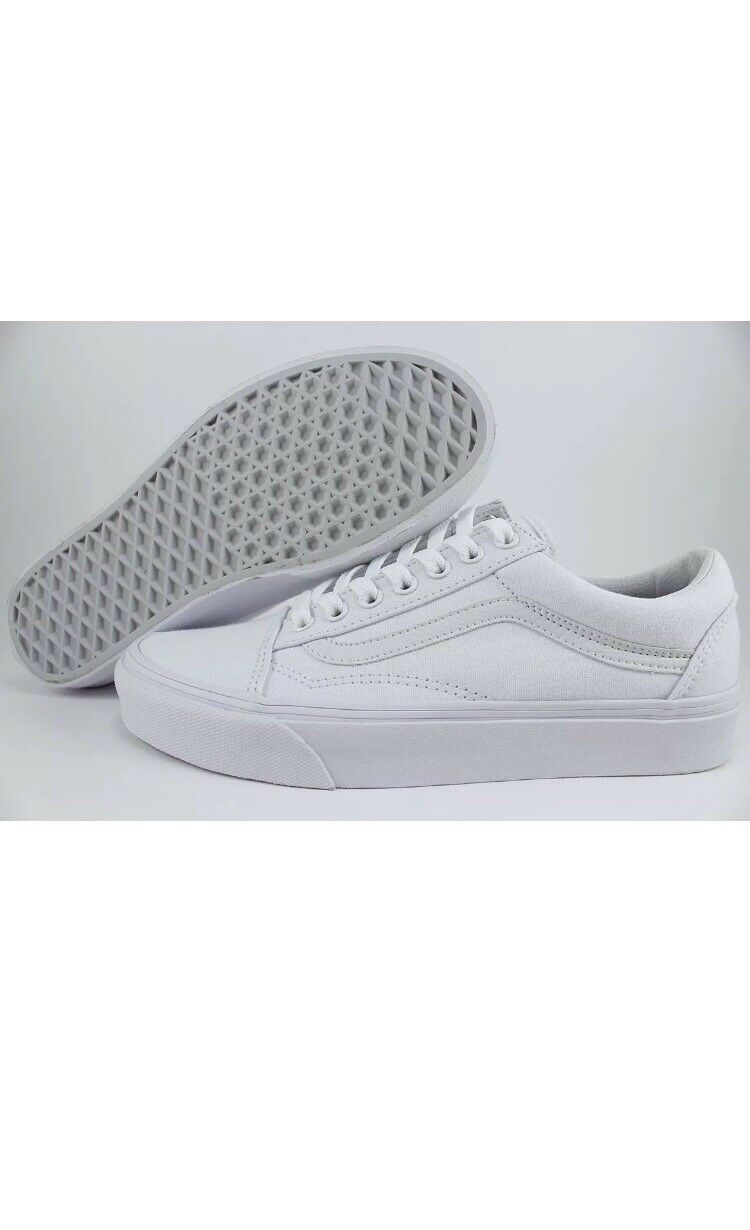 VANS Old Skool White Leather Canvas, Men's  Size 8 New With Box