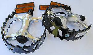 "Old school BMX XC-II Wellgo bear trap pedals 9//16/"" SILVER FOR 3 PIECE CRANKS"