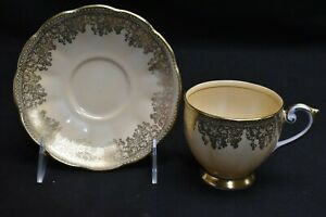 Queen-Anne-4361-Gold-Leaf-Design-On-Cream-Peach-Cup-amp-Saucer