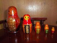Nesting Dolls Vintage Russian Wood 5 Piece Set Old Wooden Set of Nesting Dolls