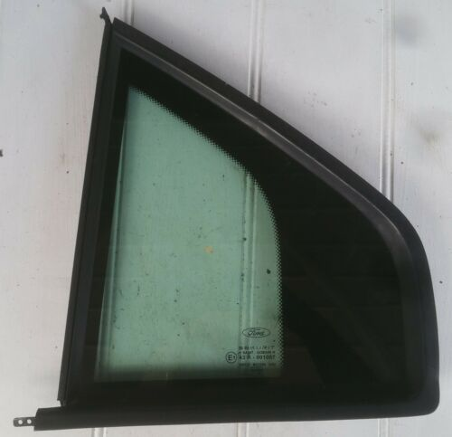 Ford Mondeo Mk3 Hatchback Passenger Side Quarter light Quarter glass rear window