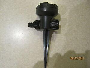 2-x-8-Pattern-Garden-Lawn-Sprinkler-Stake-Connectable-Versatile-Great-Value