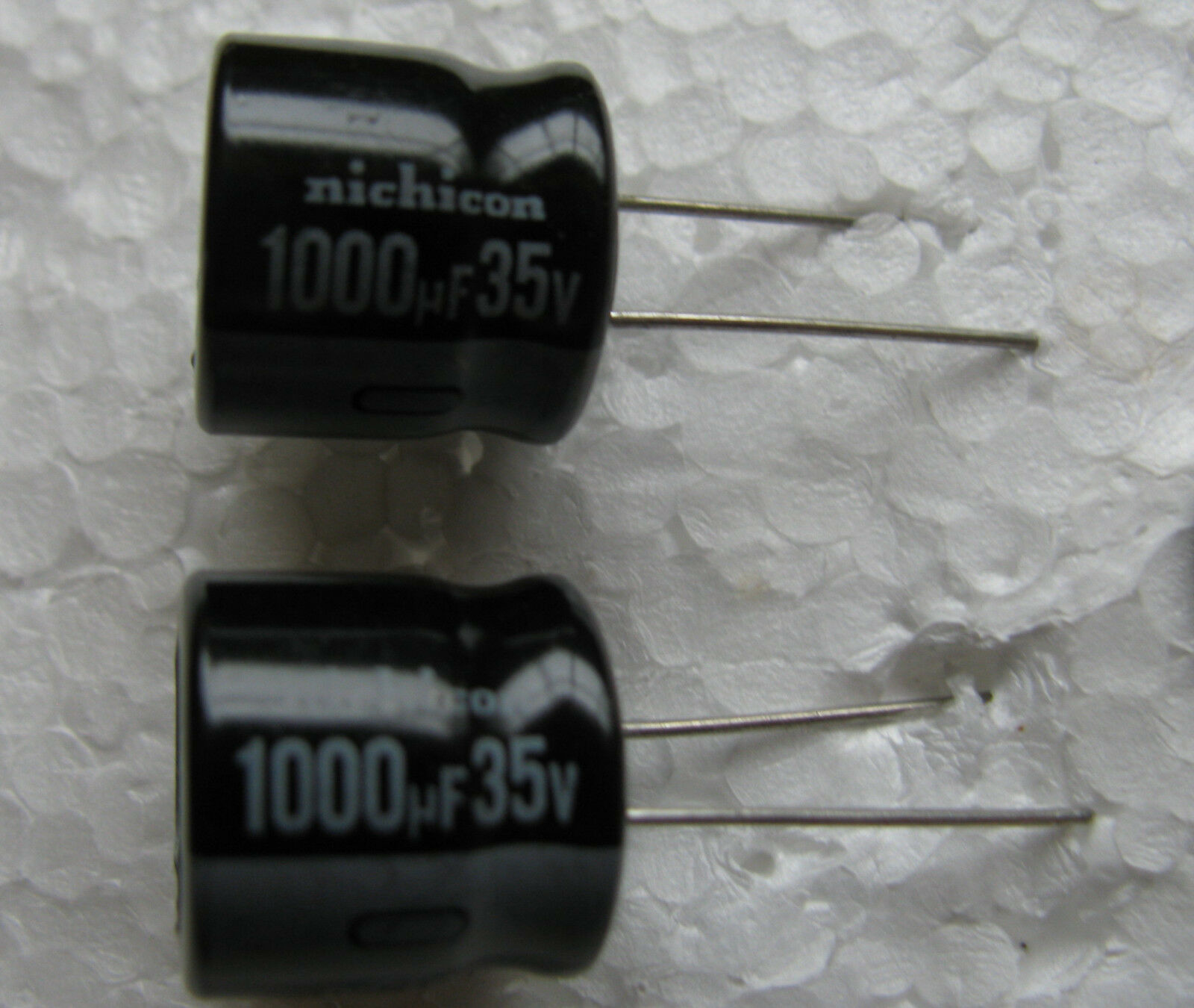 10pcs 1000uF 6.3V Nichicon RS 10x9mm 6.3V1000uF Low Profile Capacitor