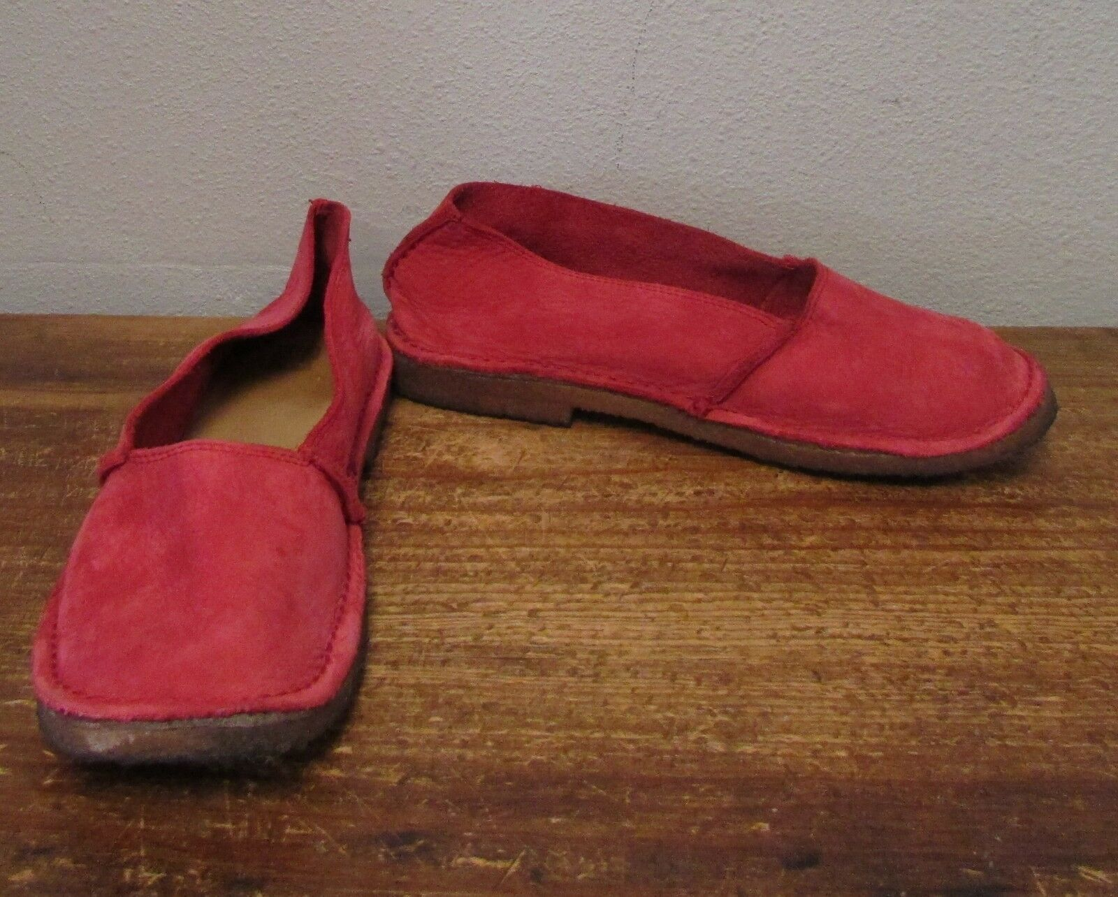 Red Suede Leather Slip On Flats - 9