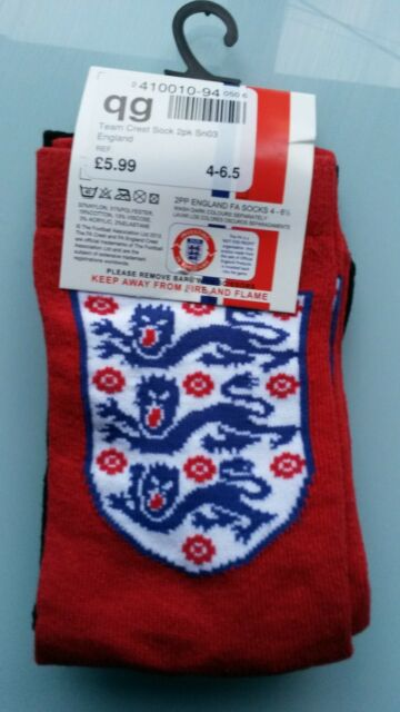 soc534) 2 pairs of  official England football ankle socks kids size 4 - 6.5 BNIP