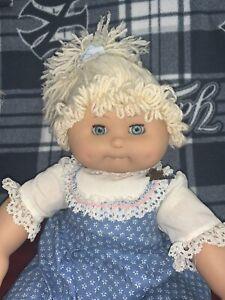 Vtg-19-034-Girl-Doll-CPK-Blonde-Cabbage-Patch-Friend-Corduroy-Body