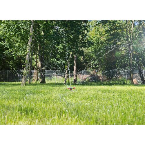 für Flächen bis 30 m² Dreiarmiger Kreis-Rasensprenger mit 10 Löchern