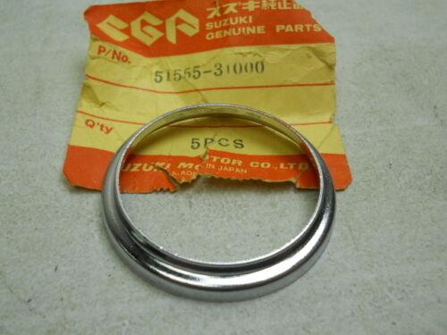 Suzuki NOS GN400 # 51555-31000 Headlamp Bracket Cap GT250 GS550 RE5 ff