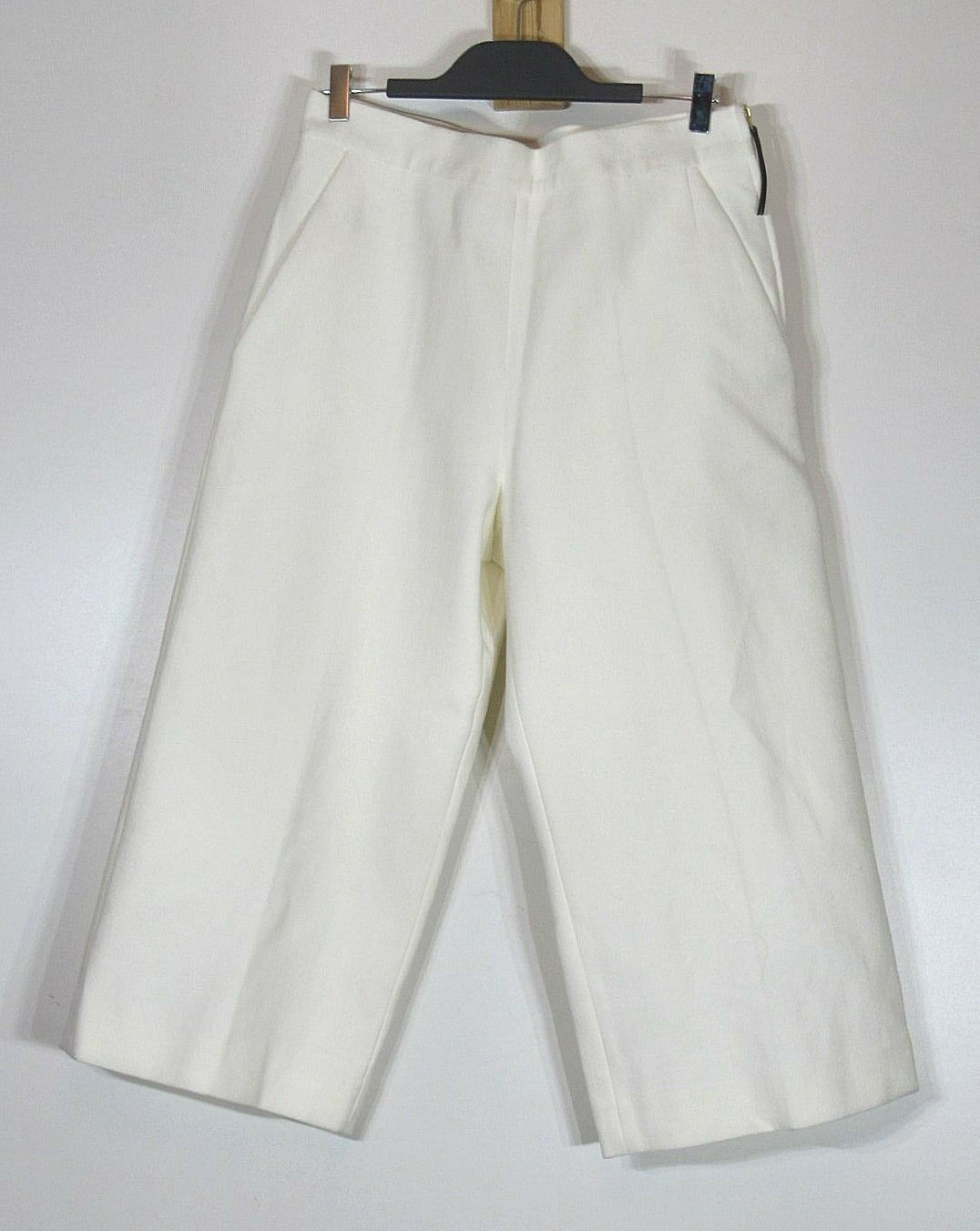 Marni cropped trousers, Off White, Side Zip Size It 42, US 6, 38 FR NWOT