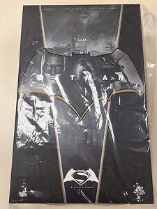 Hot-Toys-MMS-342-Batman-v-Superman-Dawn-of-Justice-Normal-Version-Figure-NEW