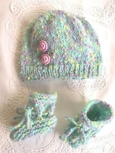 New Hand Knitted Hat Set in newborm in different colours