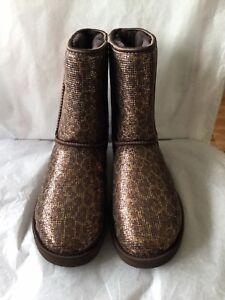 fe9ec02dd8e0 Image is loading UGG-Classic-Short-Boots-Glitter-Bronze-Size-Women-