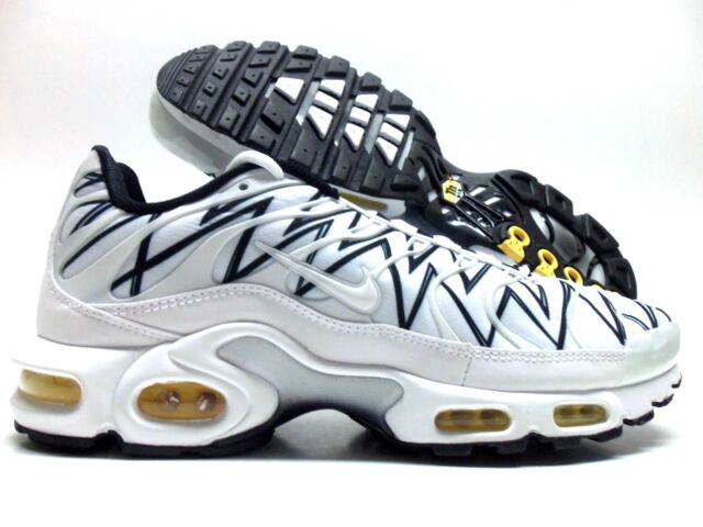 new products 7be22 fd497 NIKE AIR MAX PLUS TUNED 1 SHARK TEETH WHITE BLACK SIZE MEN S 10.5  AJ6311
