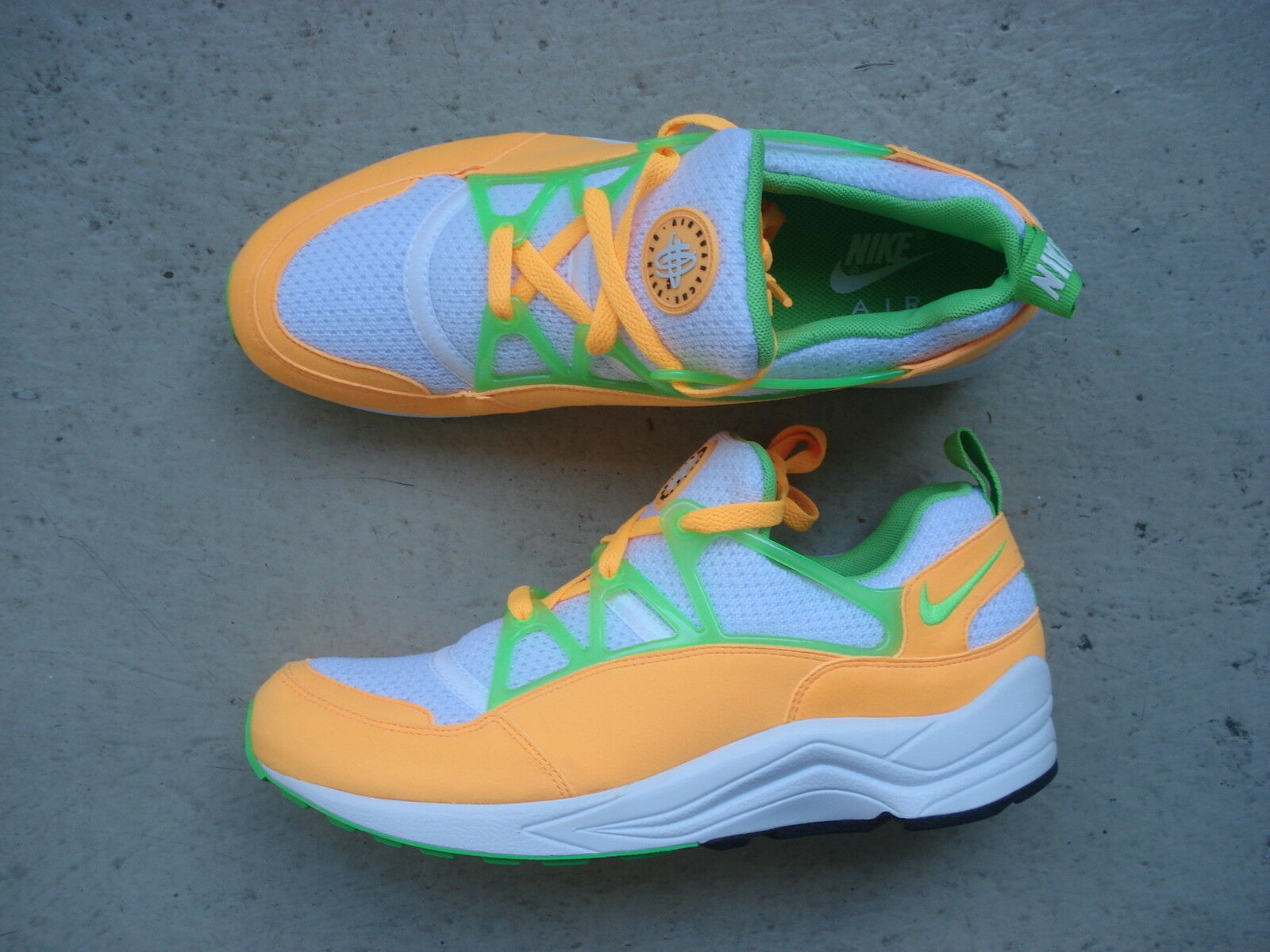 Nike Atomic Air Huarache Light 45.5 Atomic Nike Mango/Action Green-White 17a963