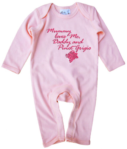"""Dirty Fingers Funny Baby Romper suit Gift /""""Mummy loves Me Daddy Pinot Grigio/"""""""