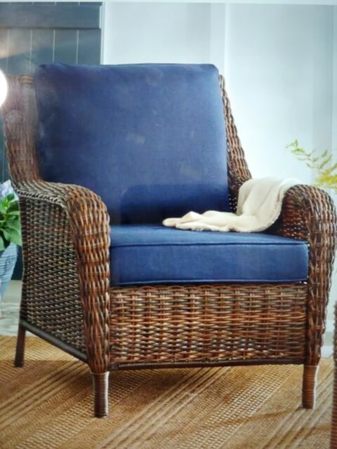 Hampton Bay Cambridge Brown Stationary Wicker Outdoor Lounge Chair With Blue