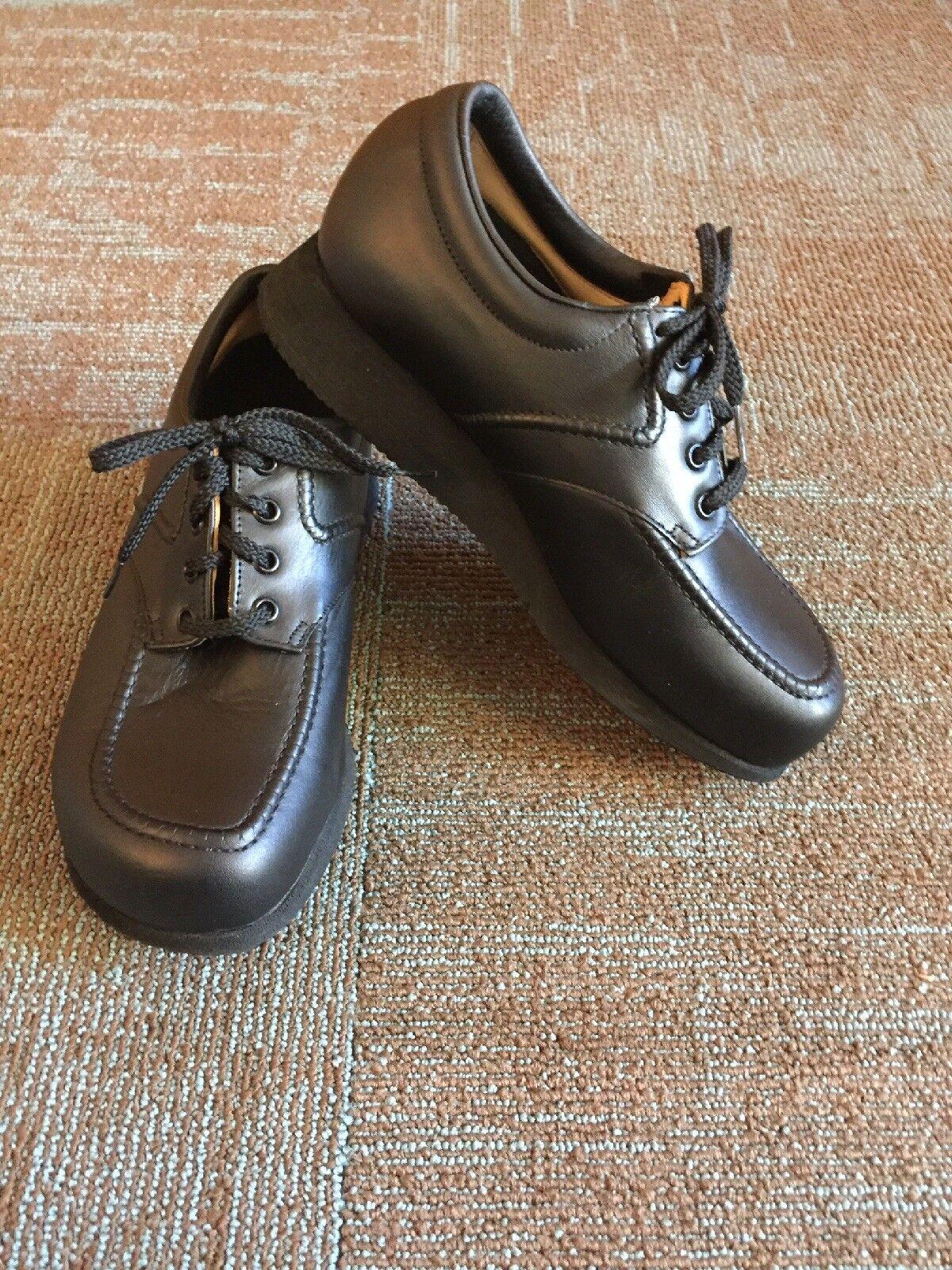 Women's PW Minor Contessa Extra Depth Orthopedic Diabetic shoes,size 8.5 WW 2E