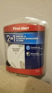 First-Alert-SCO5CN-Battery-Operated-Combination-Smoke-and-Carbon-Monoxide-Alarm
