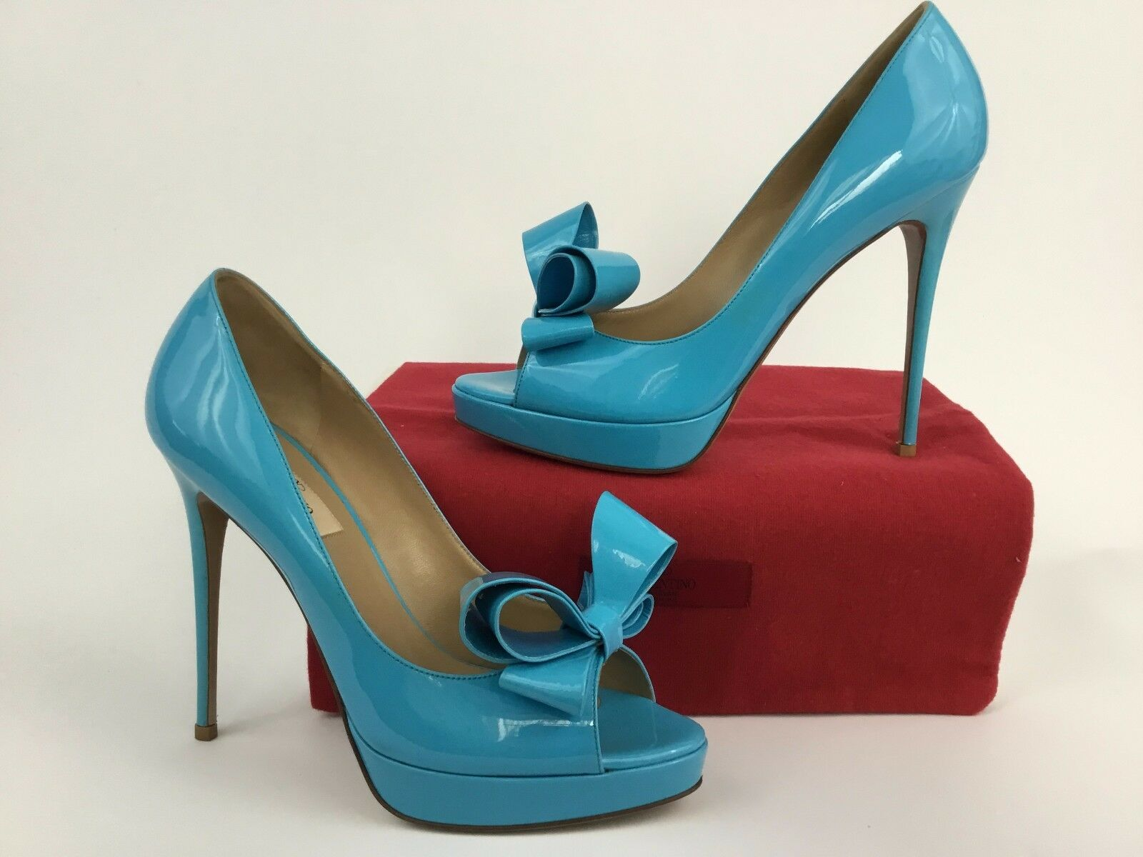 Valentino Garavani Bow Peep Toe Toe Toe Blau Patent Leather Platform Pump 39.5 2c7c0b