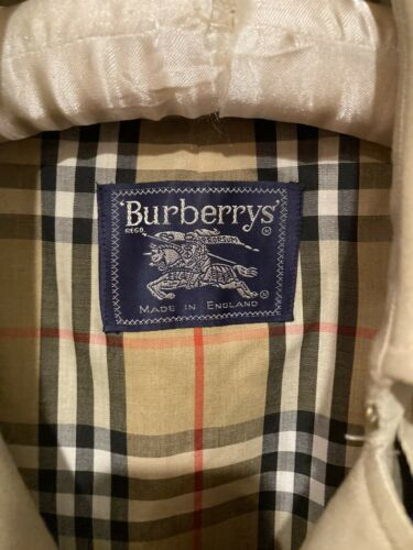 burberry woman's trench coat