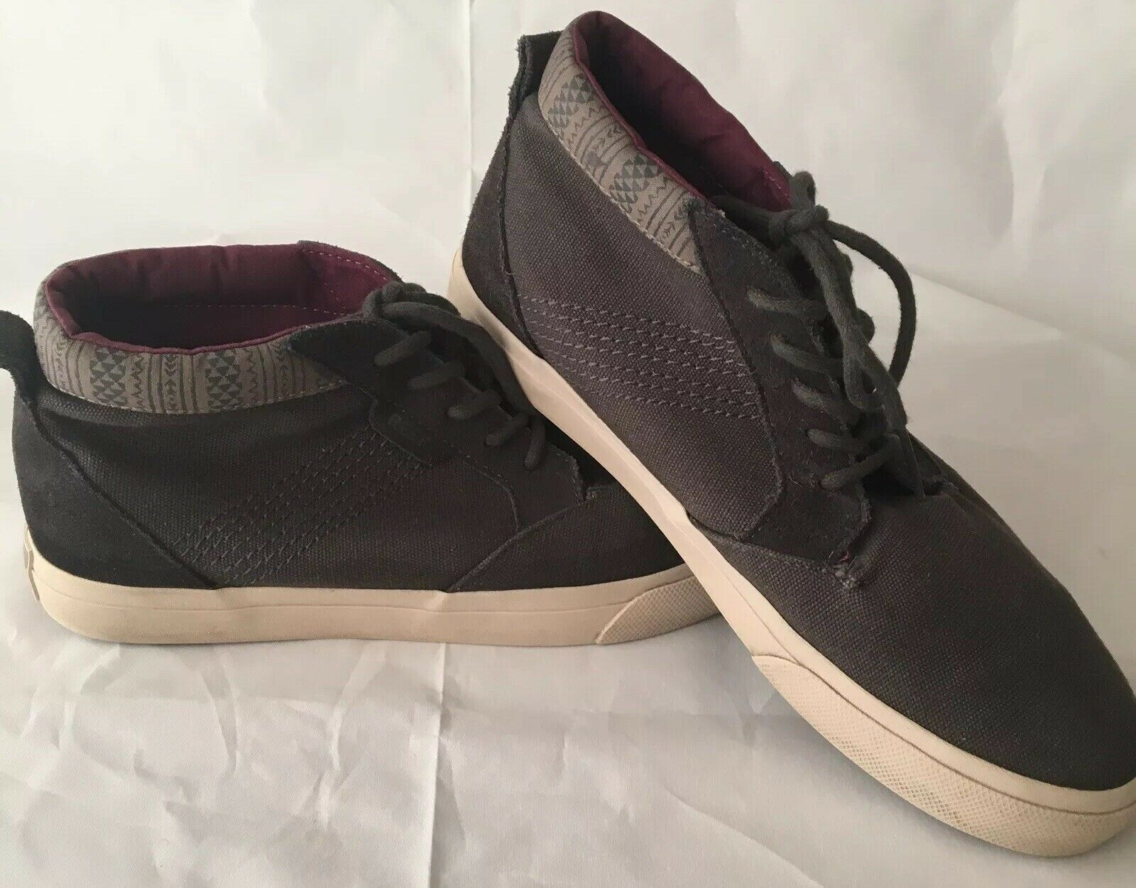 Reef Outhaul Mens Size 9 shoes RF-003304 2014 Edition Retails  60